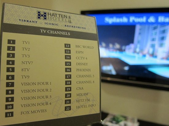 Hatten Hotel Melaka: 液晶テレビが2つもあります。
