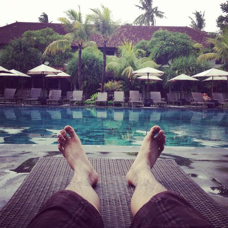 Hotel Santika Premiere Beach Resort Bali: Awesome pool!!!