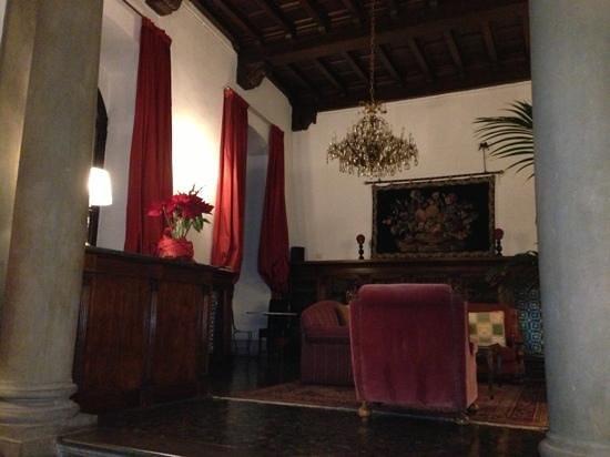Torre Guelfa Hotel: Sala lettura al 3^ piano