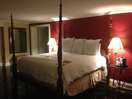 Bourbon Orleans Hotel: Bedroom