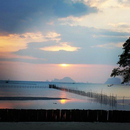 Islanda Hideaway Resort: Sunset