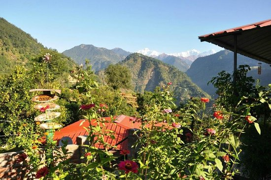 Himalayan Comforts: the cottages and the grand setting