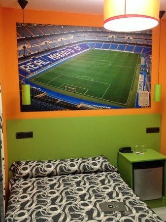 JC Rooms Puerta del Sol: Camera Santiago Bernabeu