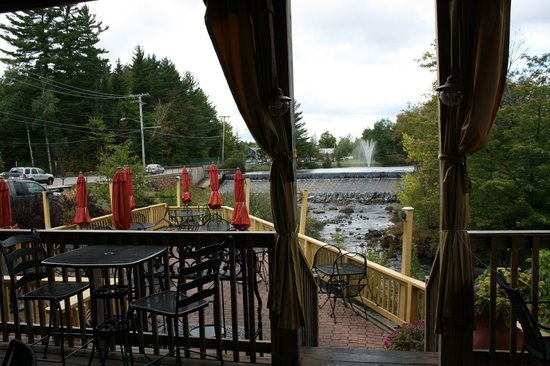 Lisa G's: outdoor dining