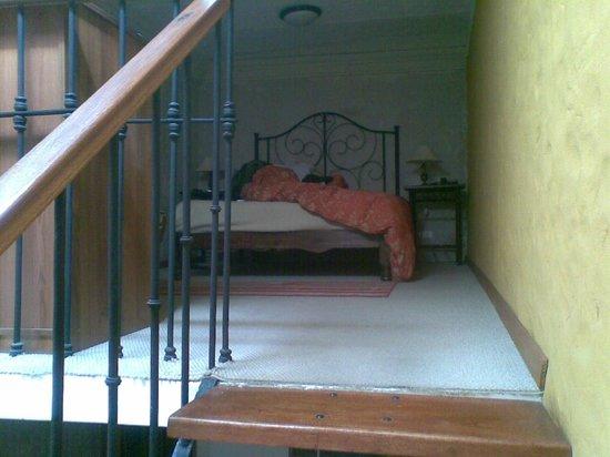 Hotel Tierrasur: vista del segundo piso de la habitación simple