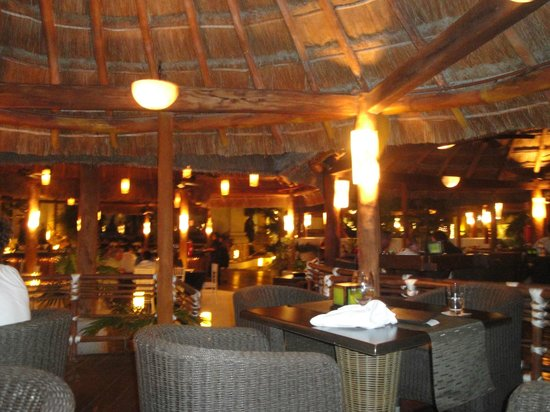 CasaMagna Marriott Cancun Resort: Thai Restaurant (outdoor)