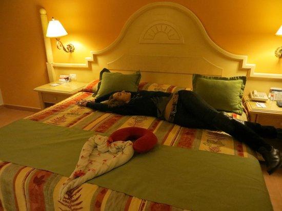 Grand Bahia Principe El Portillo: habitación y bienvenida