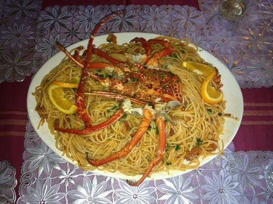 Jasmine Inn : spaghetti w lobster