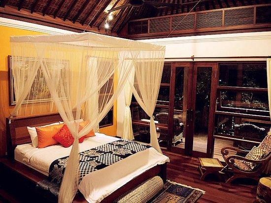 Villa Arya Ubud : the bed in lanang room...