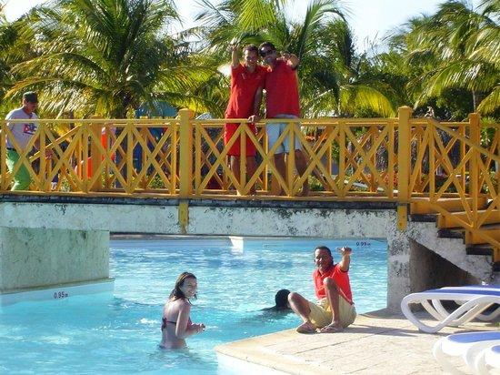 Hotel Pelicano: staff