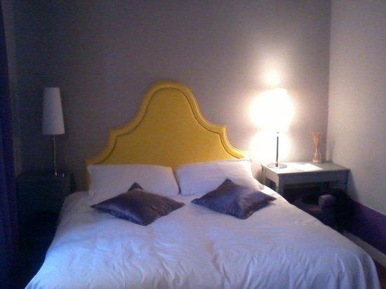 Black 5 Florence: letto comodo ma con materassi separati