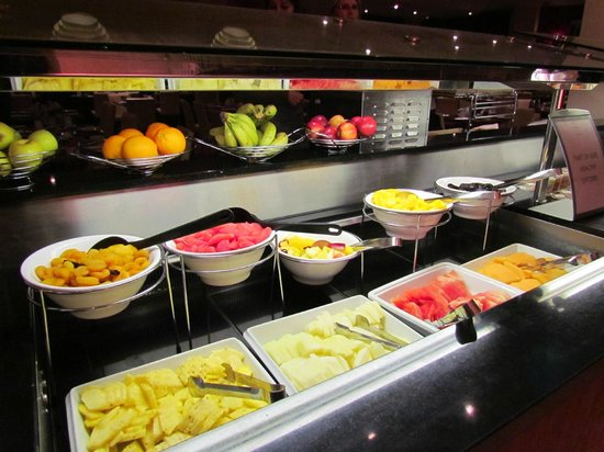 Hilton Dartford Bridge: Buffet petit déjeuner