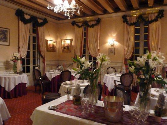 Chateau de Beaulieu: la salle du restaurant