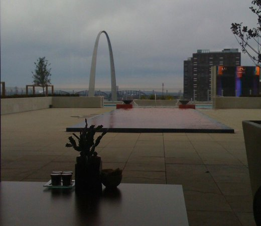 Four Seasons Hotel St. Louis: view from restaurant