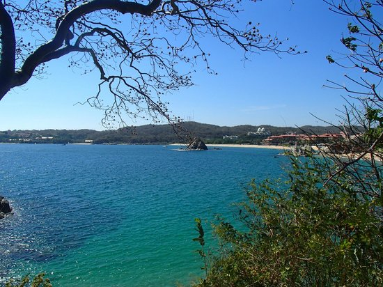 Dreams Huatulco Resort & Spa: off to the right of hotel. .