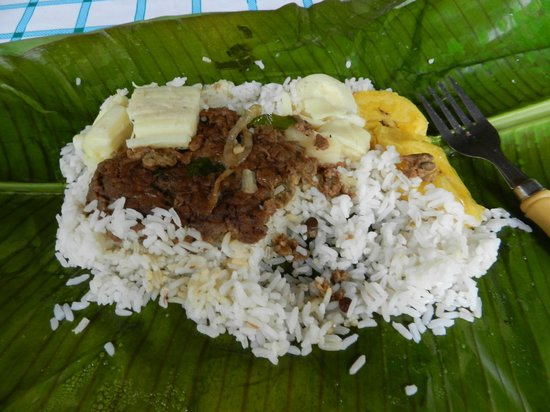 Soposo Rainforest Adventures: Lunch of lentils, rice, plantains and hearts of palm