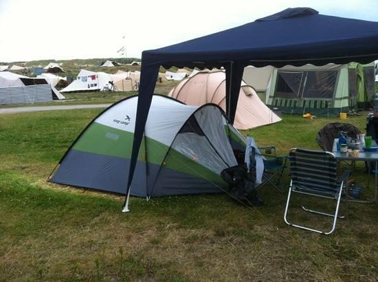 Camping Stortemelk:                                     tenten in de duinen