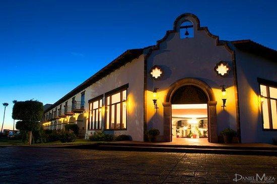 Vista nocturna Hotel Hacienda Bajamar