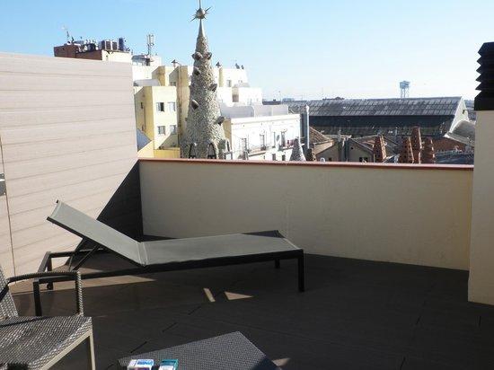 Hotel Gaudi: terrasse de la chambre 615