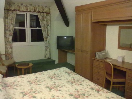 Windermere Hydro Hotel: Large room
