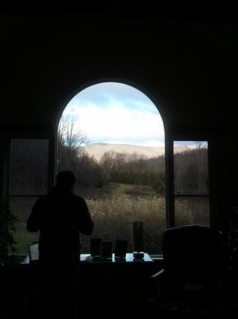 The Inn at Sugar Hollow Farm: View from sitting room