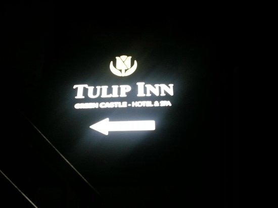 Tulip Inn Green Castle: Sign Board