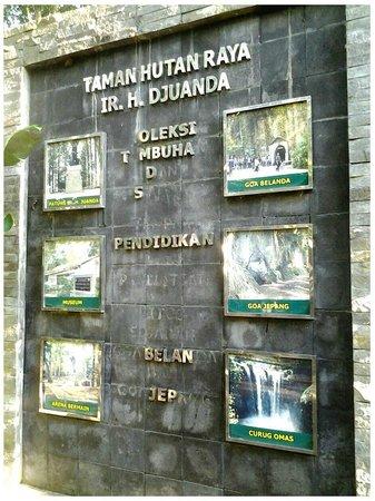 "Forest Park Conservation Area Tahura Ir. H. Juanda: ""papan informasi"""