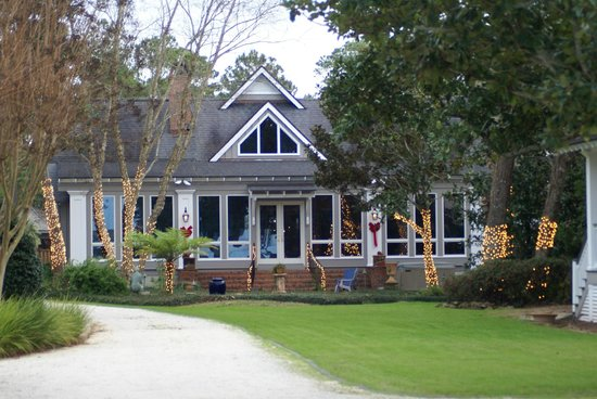 Point Clear Cottages: Main House