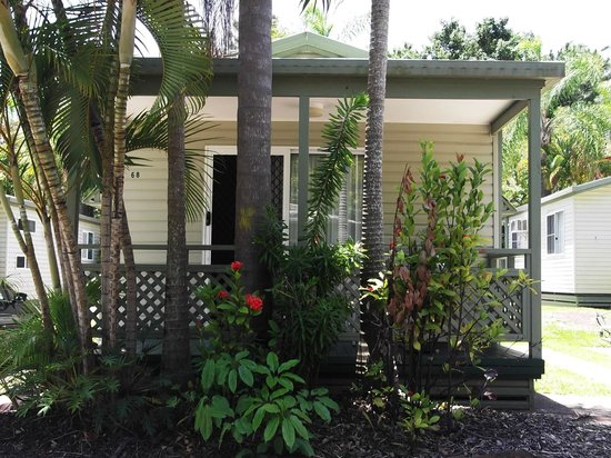 Ashmore Palms Holiday Village: The Holiday Villa Cabin we stayed in