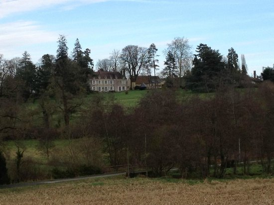Château de la Mouchère : The house seen from across the valley