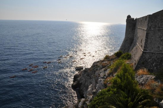 Adventure Dalmatia - Day Tours: Kayakers Around the City Walls from Above
