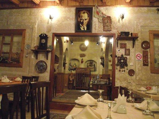 Canela Cave Hotel: otel restoran
