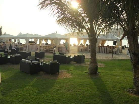 Traders Hotel, Qaryat Al Beri, Abu Dhabi: Hotel Private Beach