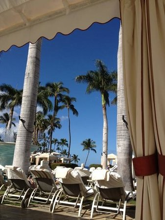 Four Seasons Resort Maui at Wailea: get a cabana. solid choice.
