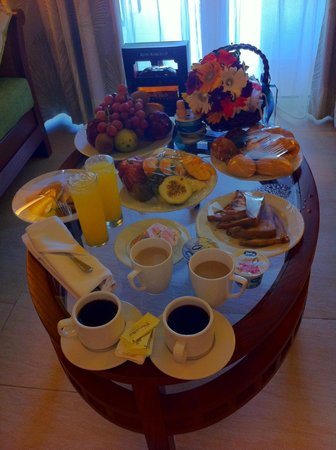 Barcelo Bavaro Palace: Room Service