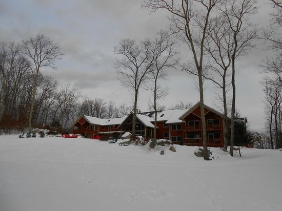 Minnewaska Lodge: View from rear of Lodge