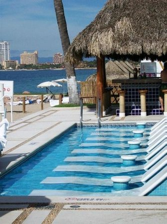 Buenaventura Grand Hotel and Spa: Adult pool