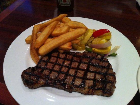 Ria's Restaurant: Ribeye Steak with Fries and Seasonal Veggies 
