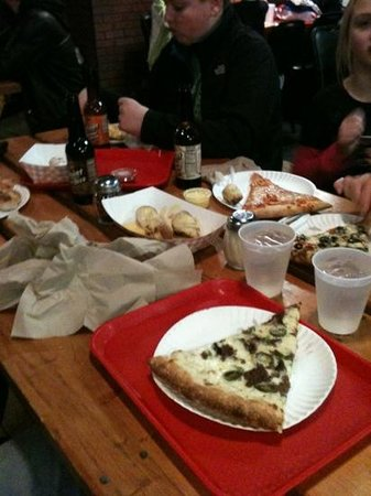 Polito's Pizza: casual but fun for the whole family