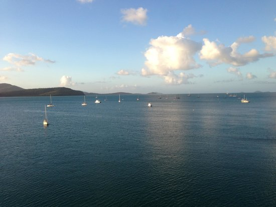 Peninsula Airlie Beach : View from the balcony