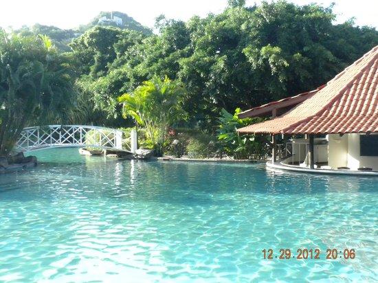 Radisson Grenada Beach Resort: Main pool