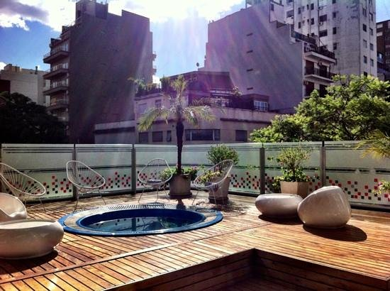 BA Sohotel: Jacuzzi on the roof terrace.