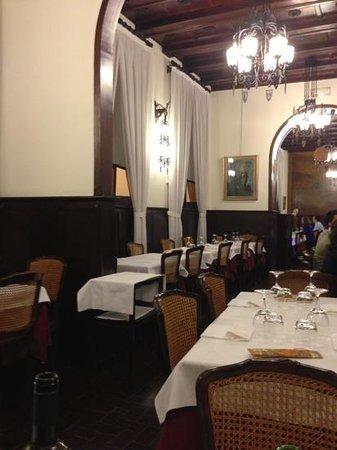 Ristorante Alla Collina Pistoiese : зал ресторана