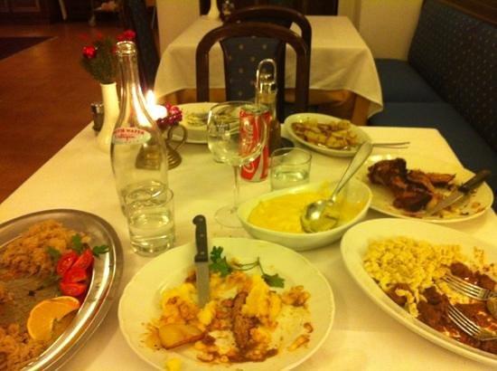 Hotel Abete: tavola imbandita