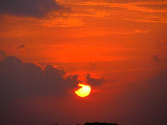 Cinnamon Dhonveli Maldives: Закат