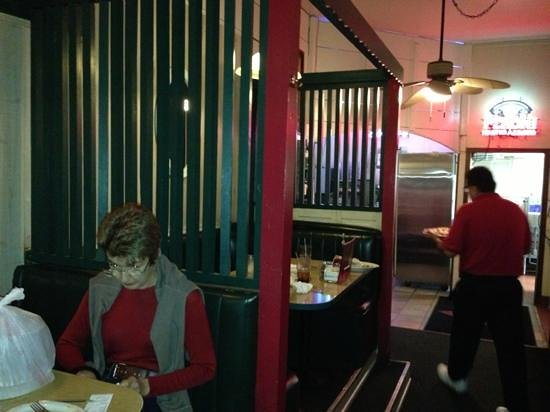 Marri S Pizza Italian Restaurant Booth Lined Corridor