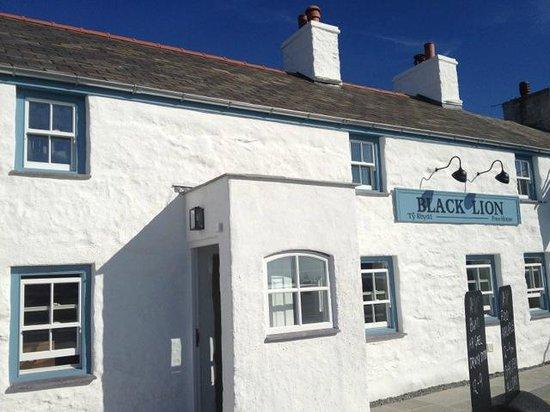 Black Lion Restaurant: Black Lion, Llanfaethu, Anglesey
