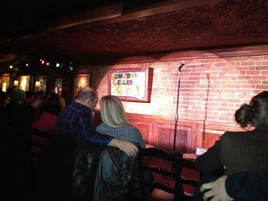 Comedy Cellar : stage, all seats are near!