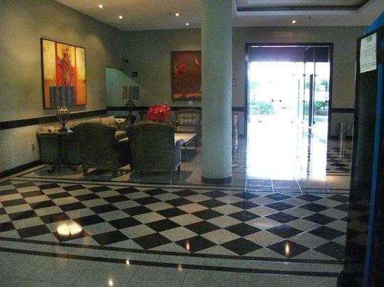 Manhattan Plaza: Parcial do lobby