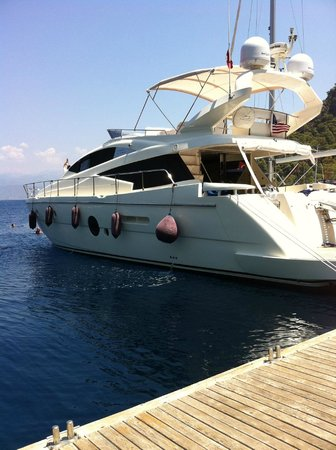 Letoonia Club & Hotel: our lunch trip with our yacht